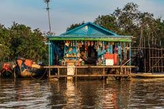 Village de flottement, Cambodge, sève de Tonle, île de Koh Rong images stock