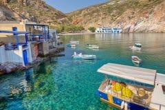 Village de Fyropotamos, Milos île, Grèce Photos stock