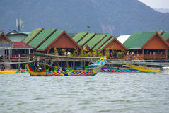Village de gitan de mer. Phang Nga, Thaïlande Photo stock