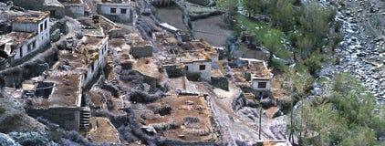 Village de Gompa, Nubra (Ladakh) - panorama Photographie stock libre de droits