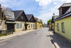 Village de Grinzing à Vienne dans la lumière de début de la matinée Photographie stock