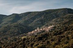 Village de montagne antique de Palasca en Corse photographie stock