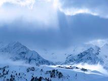 Village de montagne autrichien Photographie stock libre de droits