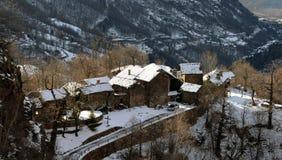 Village de montagne en hiver Chemp, la vallée d'Aoste, Italie Images stock