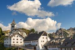 Village de Monte Santo di Lussari - Tarvisio Italie Photo libre de droits