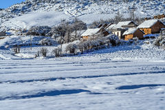 Village de neige photos stock