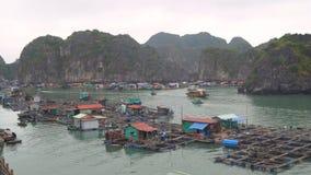 Village de pêche de flottement clips vidéos