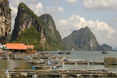 Village de pêche de l'île Koh Panyee Thaïlande photographie stock libre de droits