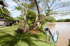 Village de pêche - parc national de Mulu - le Bornéo photographie stock libre de droits
