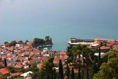 Village de pêche pittoresque dans les 2 méditerranéens photos libres de droits