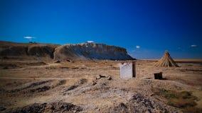 Village de pêche de Runed Urga au rivage de la pièce de lac Sudochye aka de l'ancienne mer d'Aral, Karakalpakstan, l'Ouzbékistan Photo stock