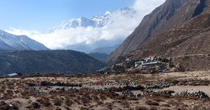 Village de Pangboche sur le chemin au camp de base d'Everest, Népal Photo stock