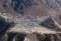 Village de Phortse sur le chemin au camp de base d'Everest, Népal Photo stock