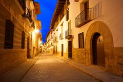 Village de Rubielos de Mora à Teruel Espagne image stock