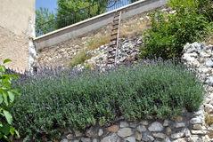 Village de Santo Stefano di Sessanio Photographie stock libre de droits