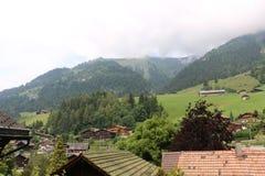 Village de Suisse de courrier escargot Photos stock