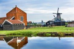 Village en bois Holland Netherlands de Zaanse Schans de moulins à vent Images libres de droits