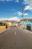 Village en Equateur rural Image stock