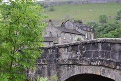 Village en vallées de Yorkshire Photographie stock libre de droits