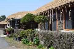 Village folklorique de Seongeup, île de Jeju, Corée Image stock