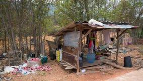 Village gitan de mer sur Koh Lanta, Thaïlande Images libres de droits