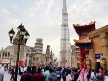 Village global Dubaï Emirats Arabes Unis images stock