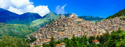 Village impressionnant de Morano Calabro, Calabre, Italie Photo libre de droits