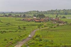 Village indien dans la mousson image libre de droits