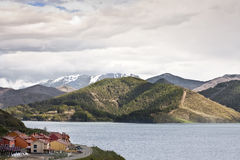 Village, lake and mountains Royalty Free Stock Photography