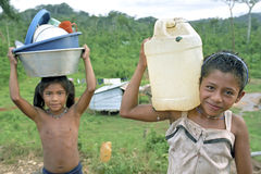 Village life of Indian girls, Coco River, Nicaragua Stock Photography