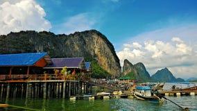 Village musulman de Ko Panyi en Thaïlande Image stock