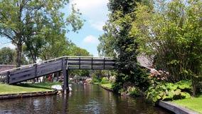 Village néerlandais typique, Giethoorn aux Pays-Bas photo libre de droits