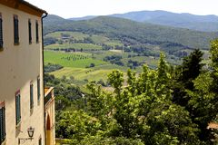Village Overlooking Tuscan Landscape Royalty Free Stock Photo