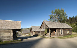 Village scenery with log-cabin Royalty Free Stock Photos