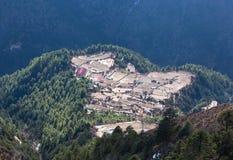 Village sur le chemin au camp de base d'Everest, Népal Photographie stock libre de droits