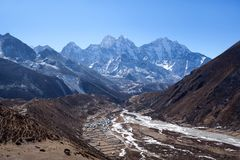 Village sur le chemin au camp de base d'Everest, Sagarmatha, Népal Images libres de droits