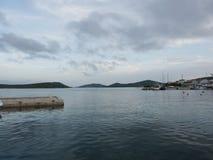 Village traditionnel en Croatie Photographie stock libre de droits