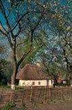 Village ukrainien au printemps Image stock