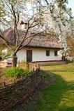 Village ukrainien au printemps Images stock