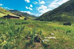 Village vide en montagnes Image stock