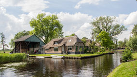 Village view on Dwarsgracht Giethoorn Stock Images