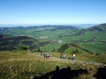 Villages Weissbad et Schwende ou mourir und Weissbad d'Ortschaften Schwende dans la région d'Appenzellerland photographie stock