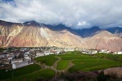 Villaggi in montagne Fotografie Stock Libere da Diritti
