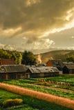Villaggio al crepuscolo Fotografie Stock