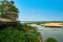 Villaggio al Mekong in Kratie, Cambogia immagine stock