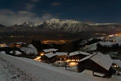 Villaggio alle alpi austriache Immagine Stock Libera da Diritti