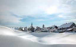 Villaggio in alpi Fotografie Stock Libere da Diritti