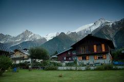 Villaggio alpino francese Fotografia Stock Libera da Diritti