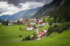 Villaggio alpino nel Tirolo, Austria Immagine Stock Libera da Diritti