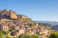 Villaggio Alquezar di Mountian in Pirenei Immagini Stock Libere da Diritti